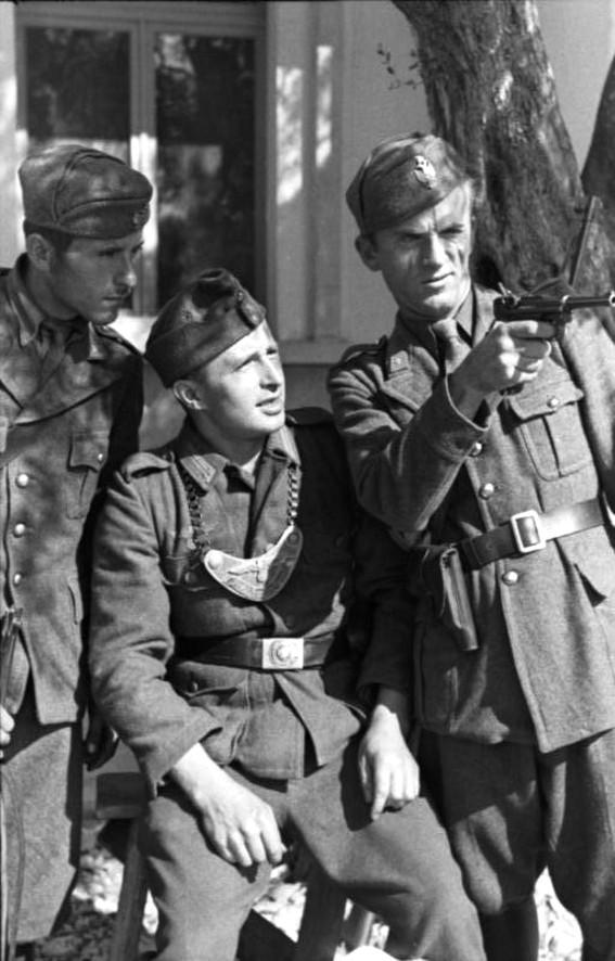 La Feldbluse Modèle 1942 311
