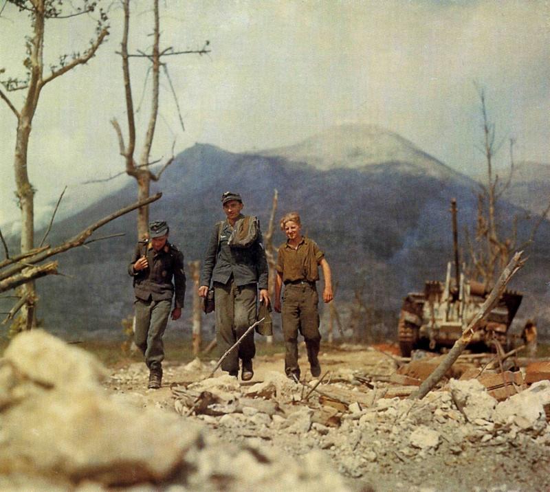Les troupes de la Luftwaffe en Italie - Page 6 Bdh10