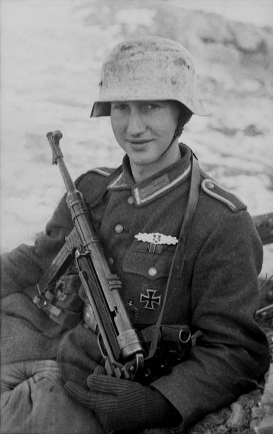 La Feldbluse Modèle 1942 Dwshs11