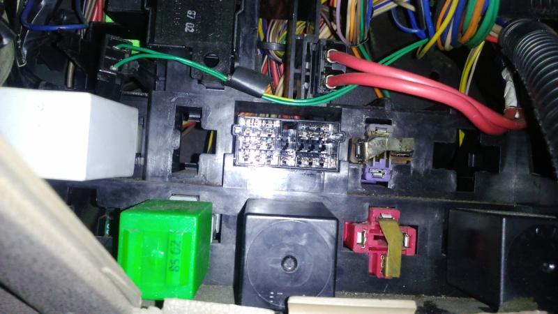 Problème électrique r25gtd Dsc_0428