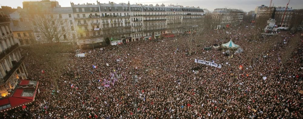 Charlie Hebdo n'est pas mort !!!!!!!!!!! - Page 2 Marche10