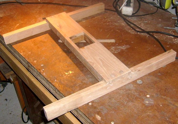 Servante en bois à 4 rouleaux S6300810