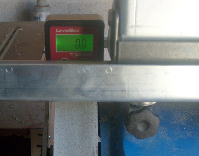 Réglage de guide d'affutage de fer de R/D S6300827