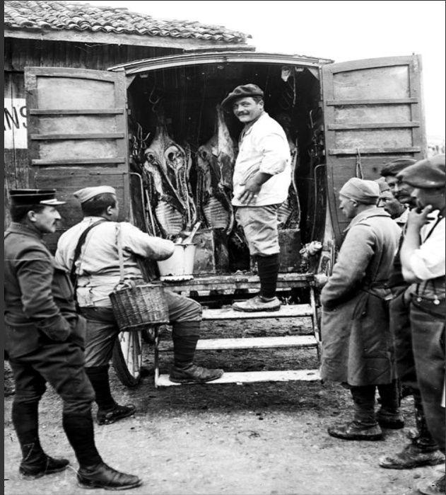 342 photos inédites de la Grande guerre !!! Viande10