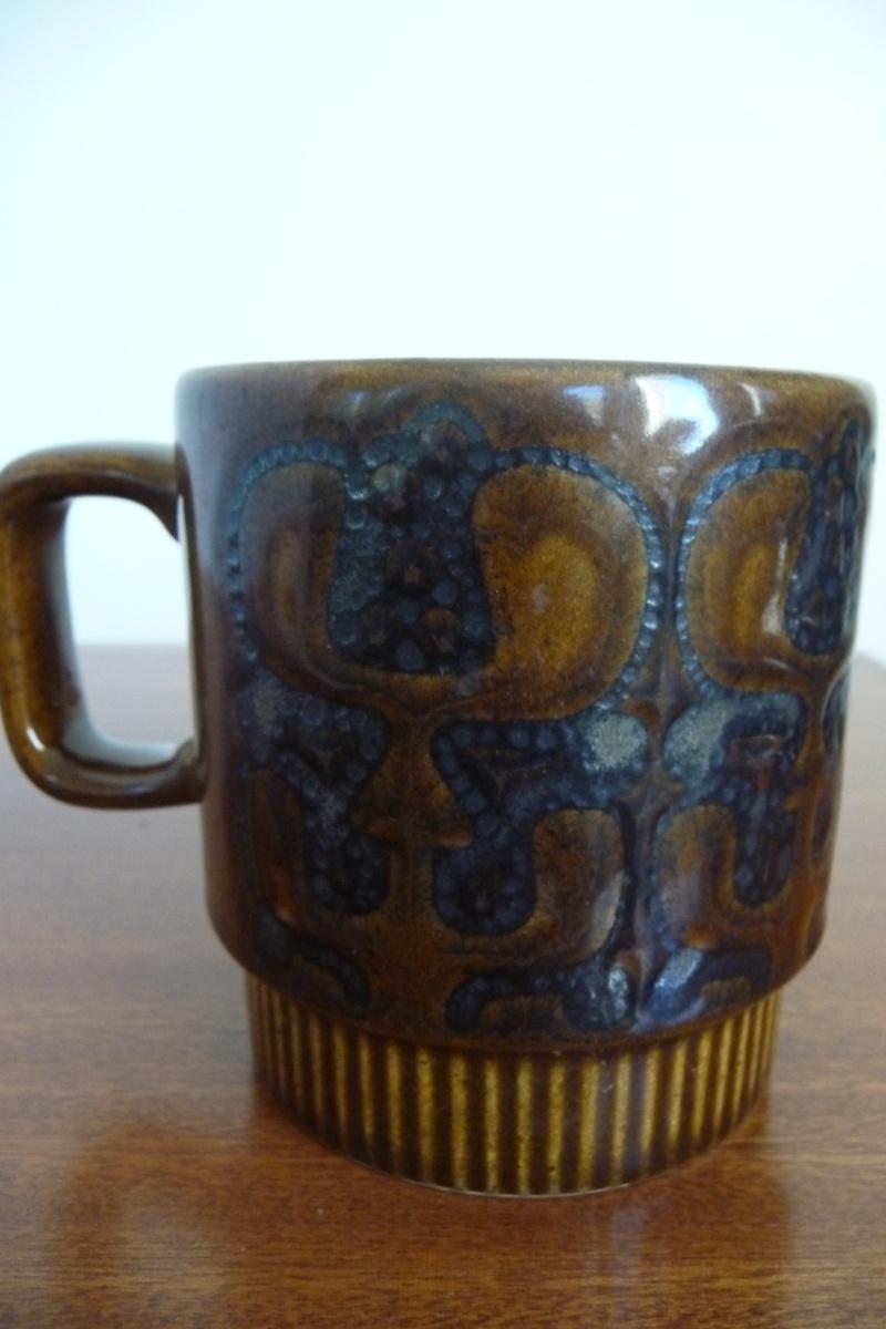 Crown Lynn with Maori patterns P1050416