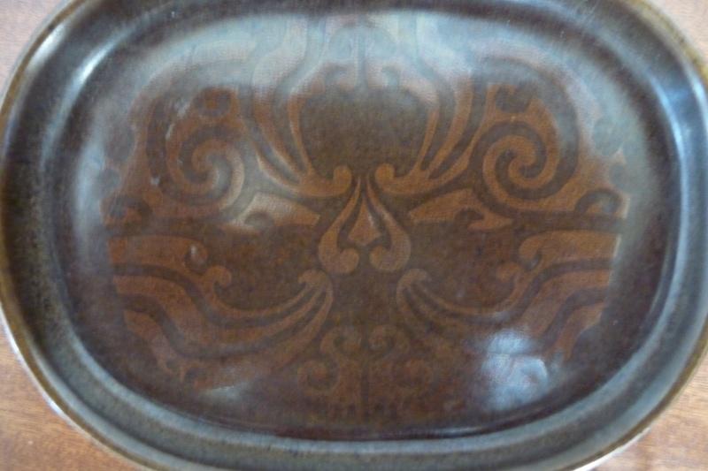 Crown Lynn with Maori patterns P1050418
