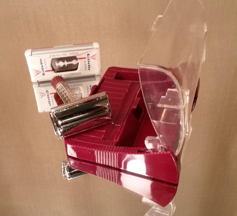 Gillette SuperSpeed Red Tip - 1956 _57_110