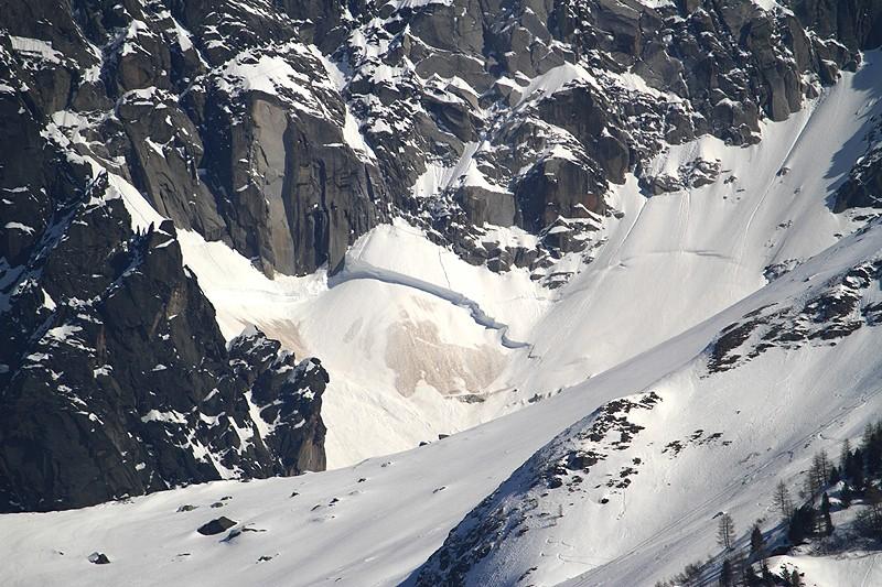 Vos photos et vidéos d'avalanches dans le massif Img_9610