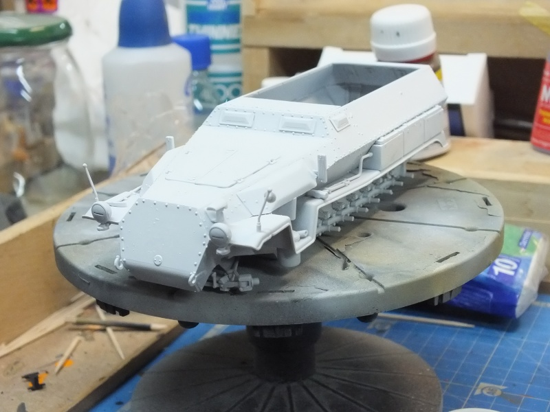 Sdkfz 251-8 C KrankenPanzerWagen base Dragon Sdkfz 251/1 C réf : 6246 Dscf7211