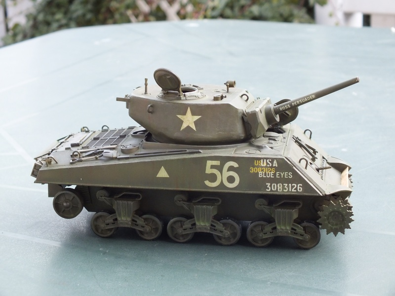 Sherman A3E2  Tamiya 1/35 et canon alu Rb models.  (Patine en cours) - Page 2 Dscf7622