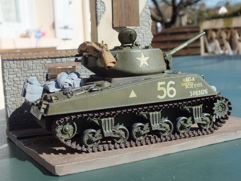 Sherman A3E2  Tamiya 1/35 et canon alu Rb models.  (Patine en cours) - Page 4 Dscf7643