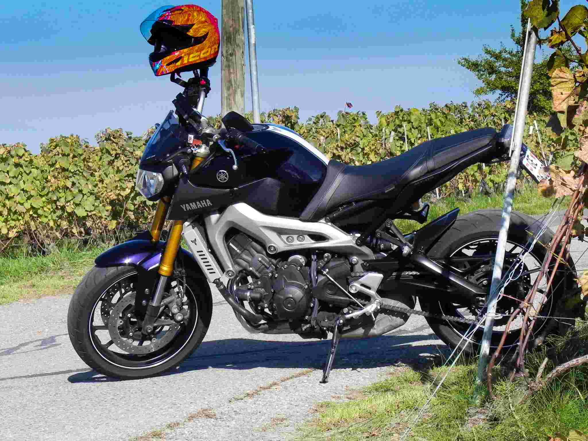 Photos de toutes les Yamaha MT-09 du forum ! :) Y_mtal10