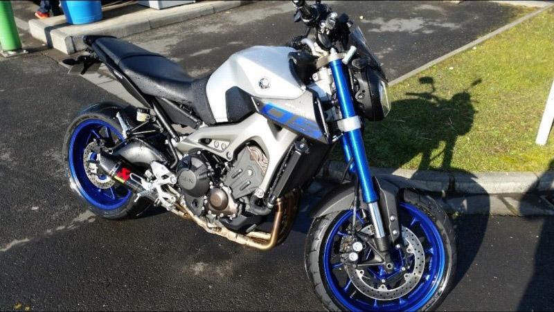 Photos de toutes les Yamaha MT-09 du forum ! :) Y_scre11