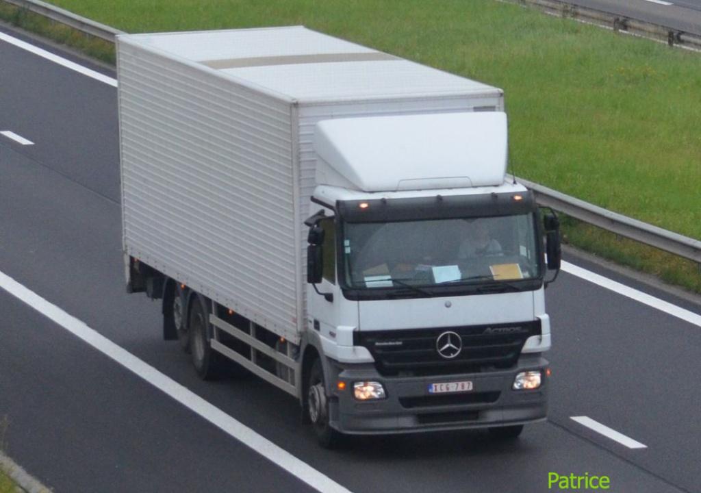 Mercedes Actros MP 1,2 et 3 - Page 3 120a_c10