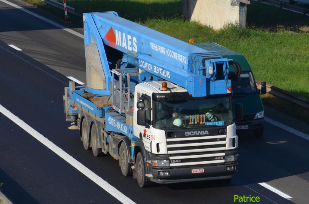 Camions nacelles 86a_co10