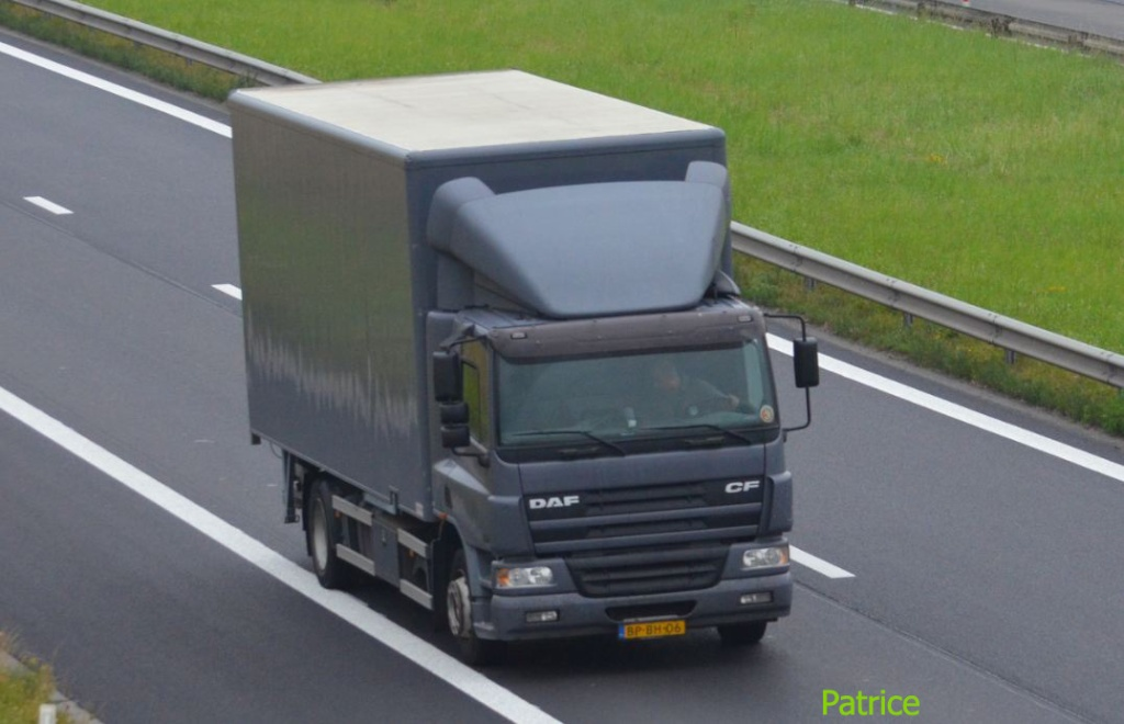 Daf CF (euro 1,2,3,4 et 5) - Page 2 87a_co10