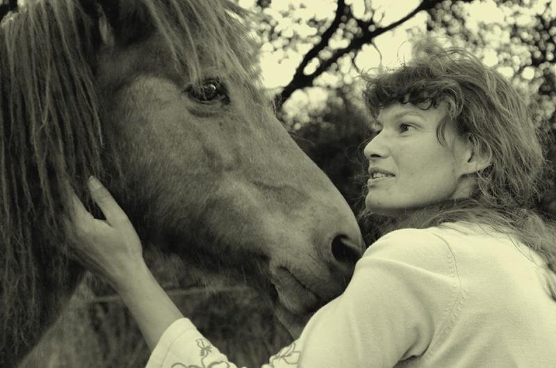 CONCOURS PHOTOS : La St Valentin équine - Page 2 10155510