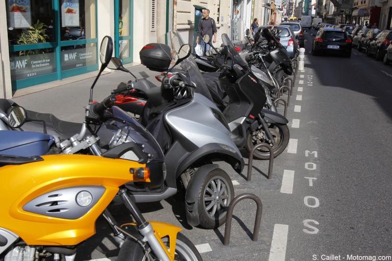 Les motos d'avant 2000 bientôt interdites en région parisienne Arton210