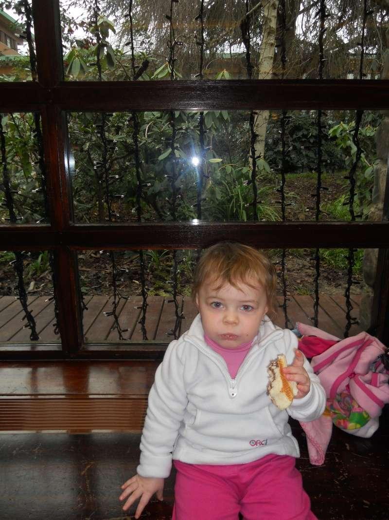 Premier séjour de Talia chez Mickey..  Dscn6120