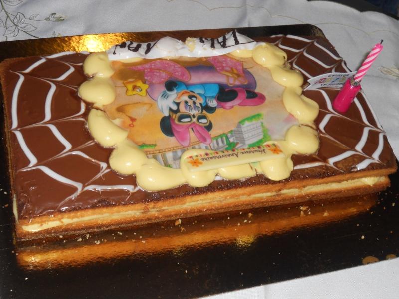 Gâteaux d'anniversaire Disney de nos miniatures - Page 2 Talia_10