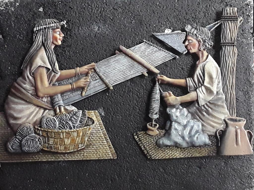 Tisseuses azteques sculptées par Maria José Bolio 20210621