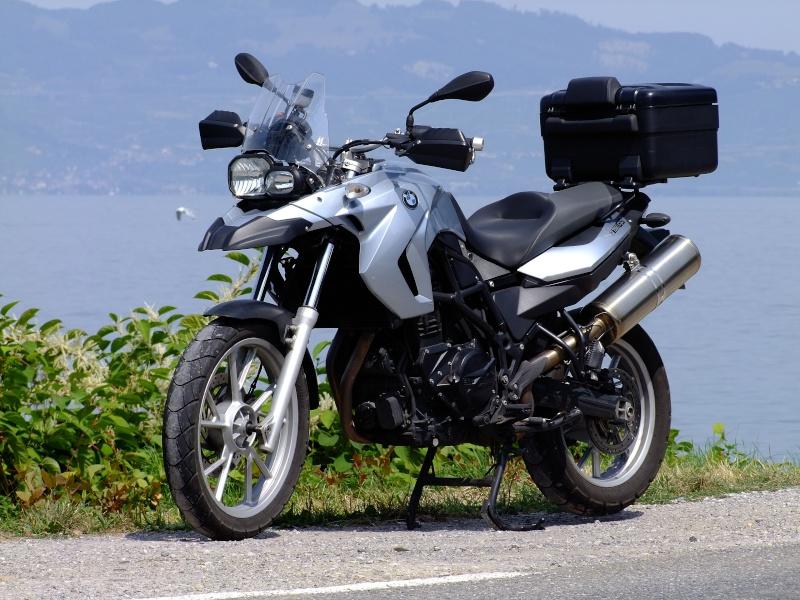 Votre moto avant le Tracer ? F798gs11