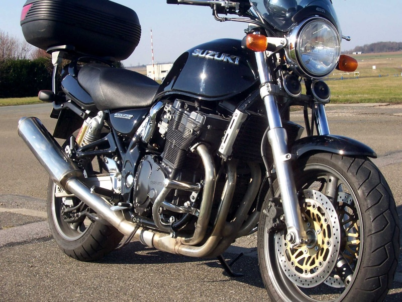 Votre moto avant le Tracer ? Suzuk411