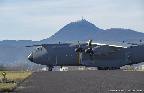 Airbus A400M - Page 13 443