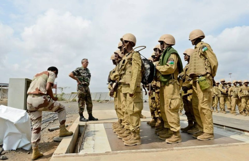 Armée djiboutienne / Djibouti National Army - Page 2 5190