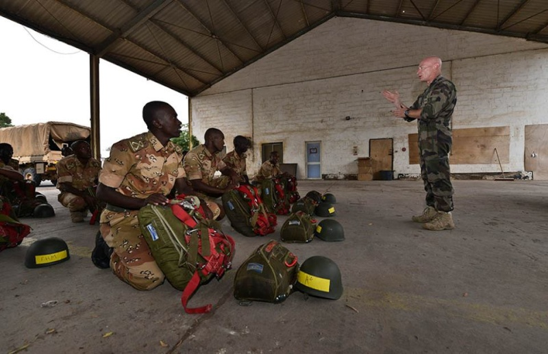 Armée djiboutienne / Djibouti National Army - Page 2 569