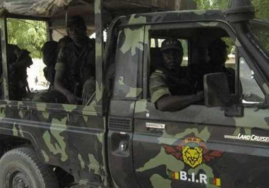 Forces Armées Camerounaises - Page 3 611
