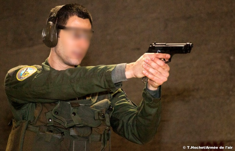 Armée Française / French Armed Forces - Page 40 799