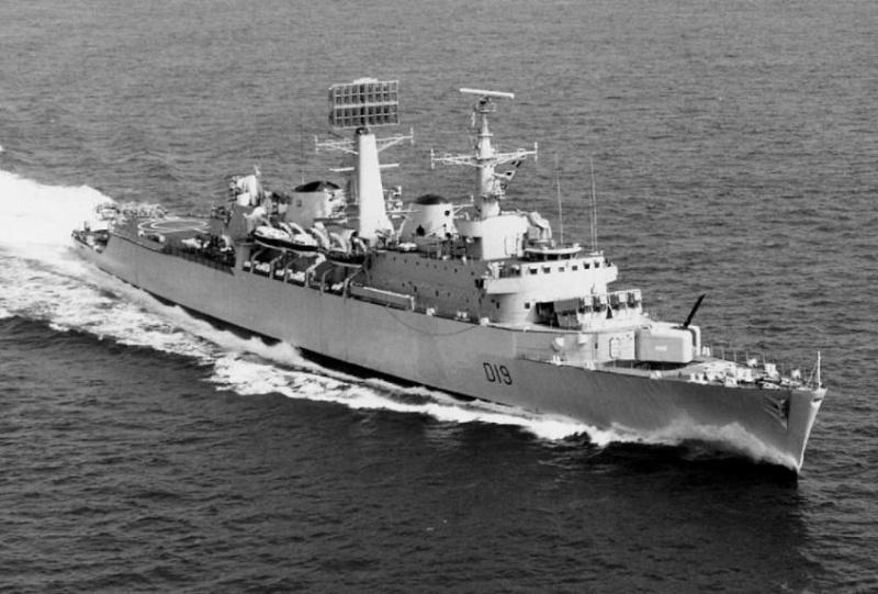 Royal Navy : les news - Page 4 20150110