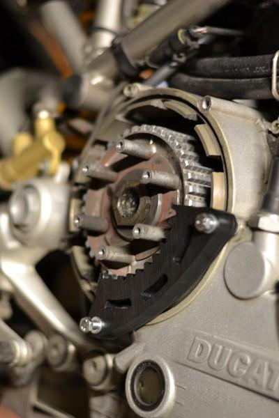 [Tuto] Changement de la cloche embrayage (+ disques garnis) sur embrayage à sec Dsc_0015