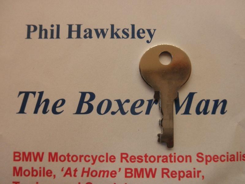 Pannier key 044 P8080110