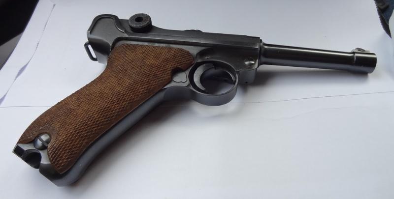 Un P 08 fabriqué sous contrôle français... Dsc00112