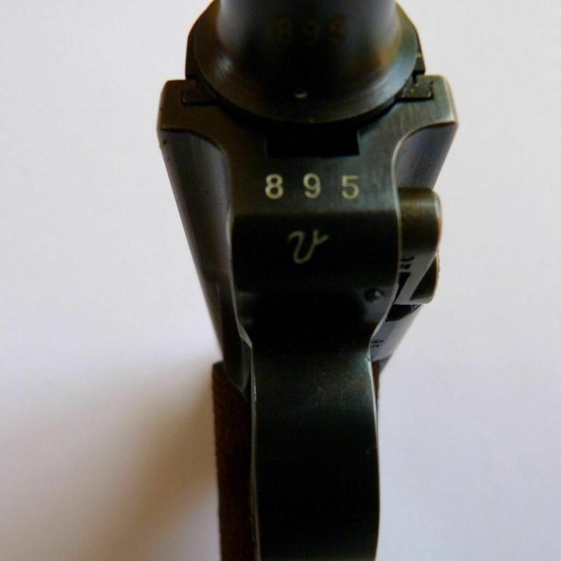 C' EST POSSIBLE UNE LUGER 1906 MARQUE MAUSER DE 1936??? Dwm-ma16
