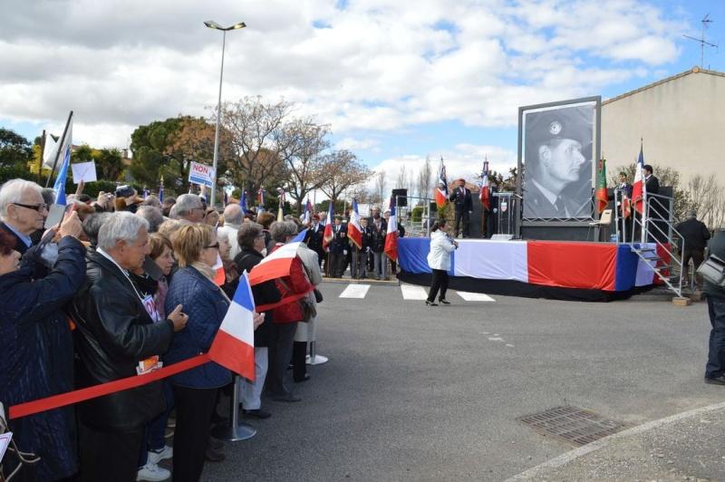 Robert Ménard, Maire de Béziers, a décidé de débaptiser la rue du 19 mars 1962 : date rejetée et honnie par tous les Patriotes et tous les Anciens Combattants autres que les Compagnons de route du Parti communiste, porteurs de valises - Page 2 Dsc_0012