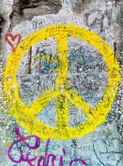 Symbole de la Paix  - Page 4 Photo810