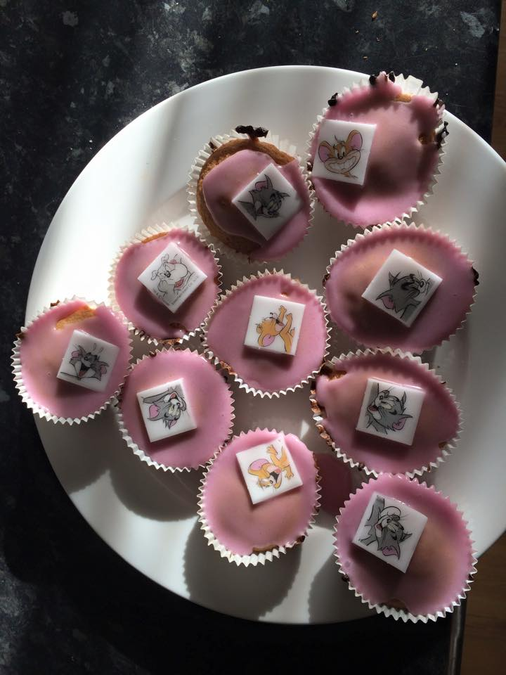 What are you doing today?? - Page 38 Cakes210