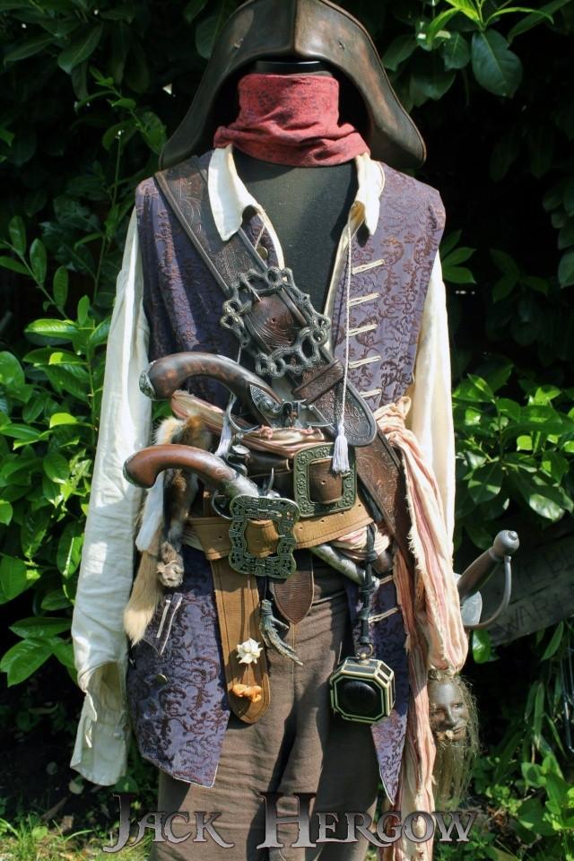 [Costumes] Capitaine Jack Sparrow & Angélica 46388910