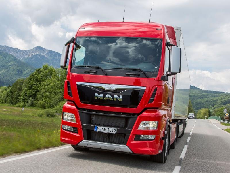 Qual è il migliore camion: Scania Streamline, DAF Euro 6, Renault Range T, Iveco Hi Way, Mercedes Actros, Volvo FH16 e Man TGX D38? 14_53c10