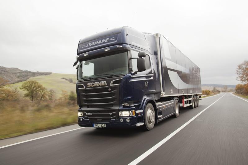 Qual è il migliore camion: Scania Streamline, DAF Euro 6, Renault Range T, Iveco Hi Way, Mercedes Actros, Volvo FH16 e Man TGX D38? 35795310