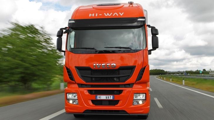Qual è il migliore camion: Scania Streamline, DAF Euro 6, Renault Range T, Iveco Hi Way, Mercedes Actros, Volvo FH16 e Man TGX D38? Iveco-10