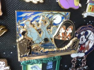 Le Pin Trading à Disneyland Paris - Page 37 P1120112