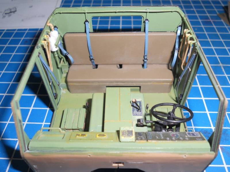 M1070 & M1000 Hobby Boss + photo-découpe E.T. Model 1/35  Dscn2310