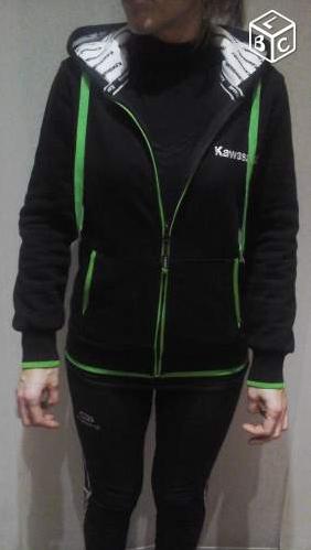 "[VENDU] sweatshirt femme à capuche zippé ""Kawasaki"" Kawa110"
