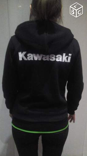 "[VENDU] sweatshirt femme à capuche zippé ""Kawasaki"" Kawa210"
