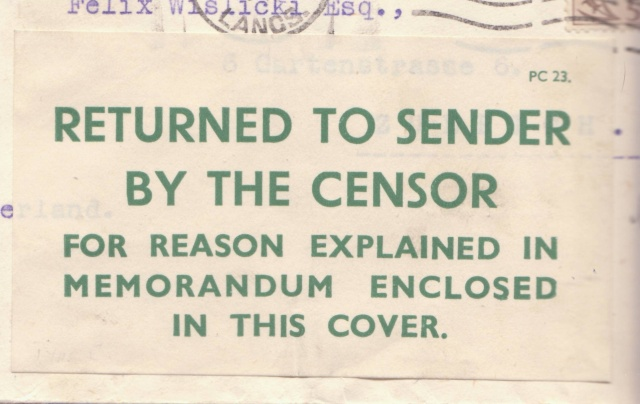 L'envoie de photographie, de cartes à vue, de cartes illustrées...est interdite. _1002510