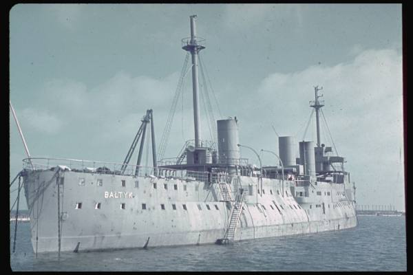 Croiseurs français  - Page 2 Baltyk10